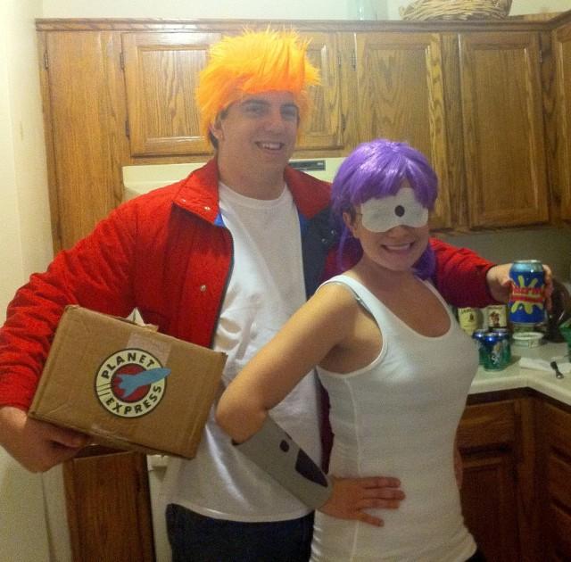 fry and leela halloween couples costume idea