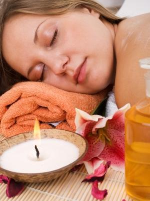 101593-300x400-Massage_candle