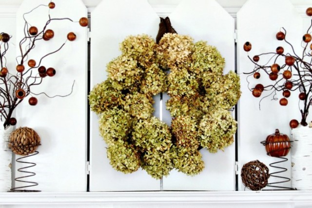 how-to-make-a-hydrangea-wreath-diy-730x487