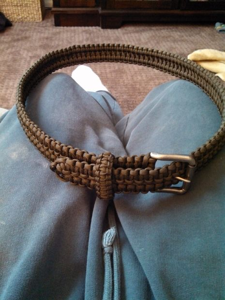 Double Cobra Stitch Paracord Belt from Instructables