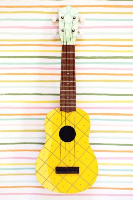 DIY Pinapple Painted Ukelele