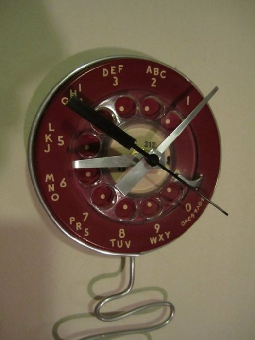 rotary-phone-clock