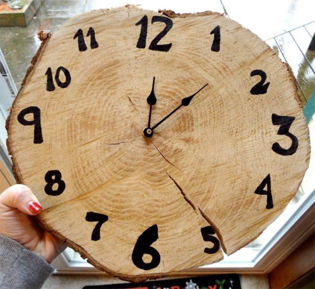 wood-cookie-clock