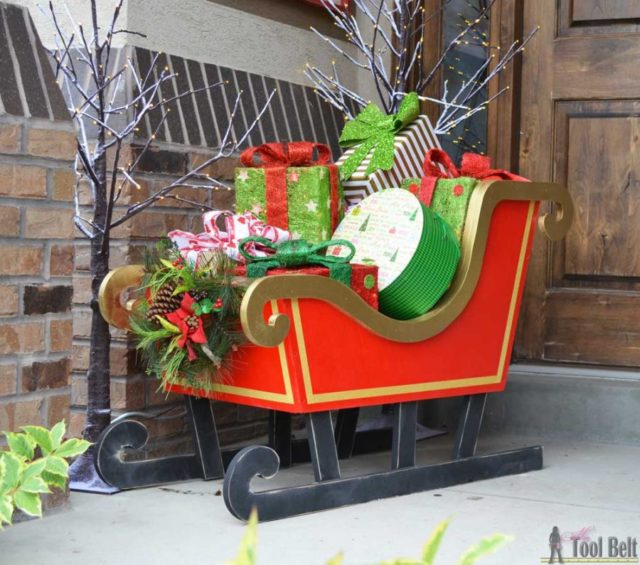 Do It Yourself Outdoor Christmas Decorations  from bigdiyideas.com
